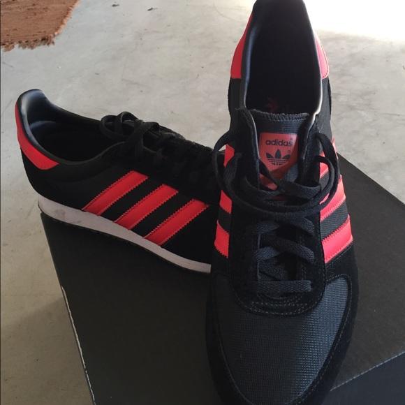Adidas Originals Men's Sneakers Black Red Size 9.5